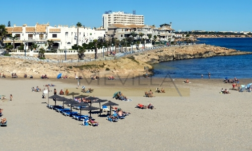 Cabo Roig: The area and properties for sale
