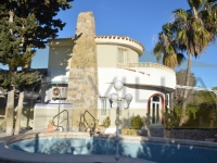 DETACHED VILLA BEACH SIDE LA ZENIA FOR SALE