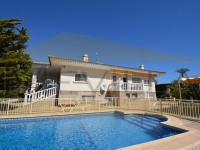VILLA A FEW METERS FROM THE SEA IN CABO ROIG FOR SALE
