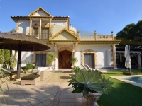 EXECPTIONAL LUXURY VILLA FOR SALE IN ORIHUELA COSTA, CAMPOAMOR