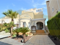Detached villa for sale in Los Altos, Orihuela Costa