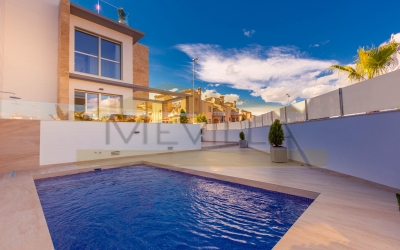 Villa - New built - Orihuela Costa - La Zenia